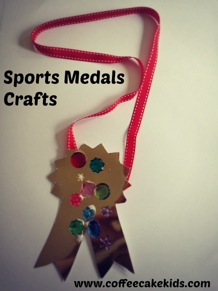 Sports Medal Crafts | www.coffeecakekids.com