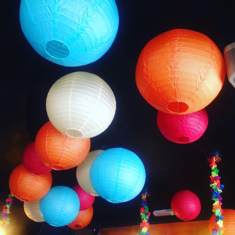 Tiki Lanterns #MySundayPhoto | www.coffeecakekids.com