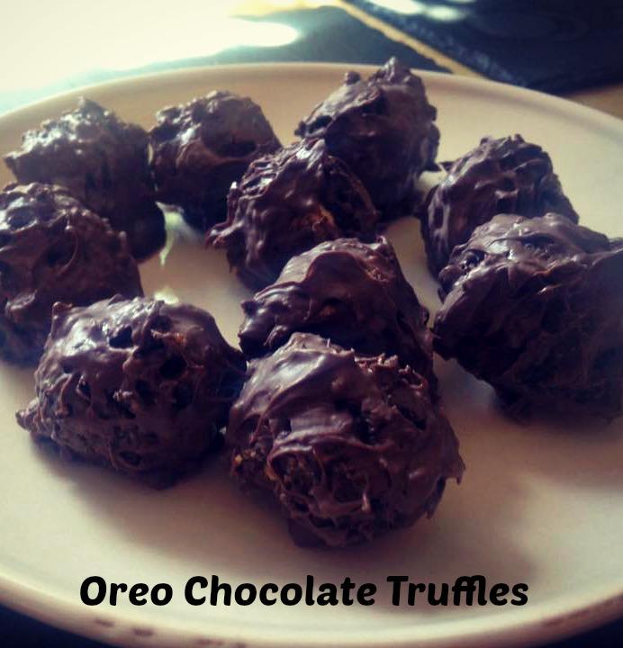 Oreo Chocolate Truffles | www.coffeecakekids.com