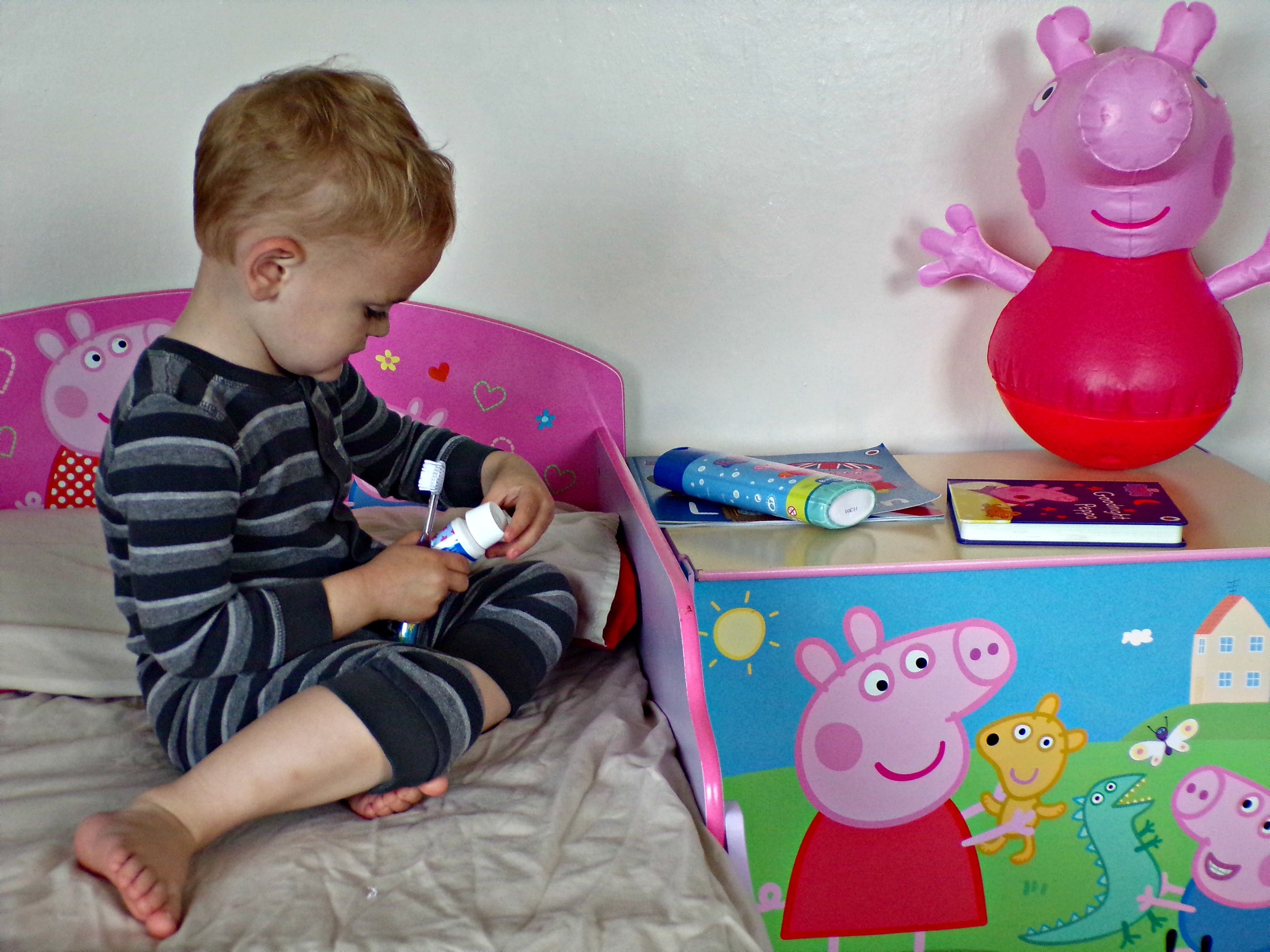 This week is the launch of the #BathBookBed campaign from The Book Trust. It's fronted by Peppa Pig and parenting expert Jo Frost.