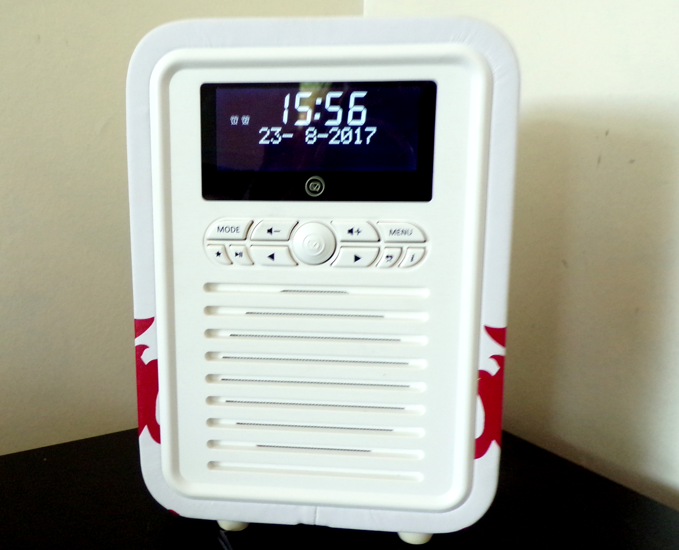 My VQ Retro Mini Radio