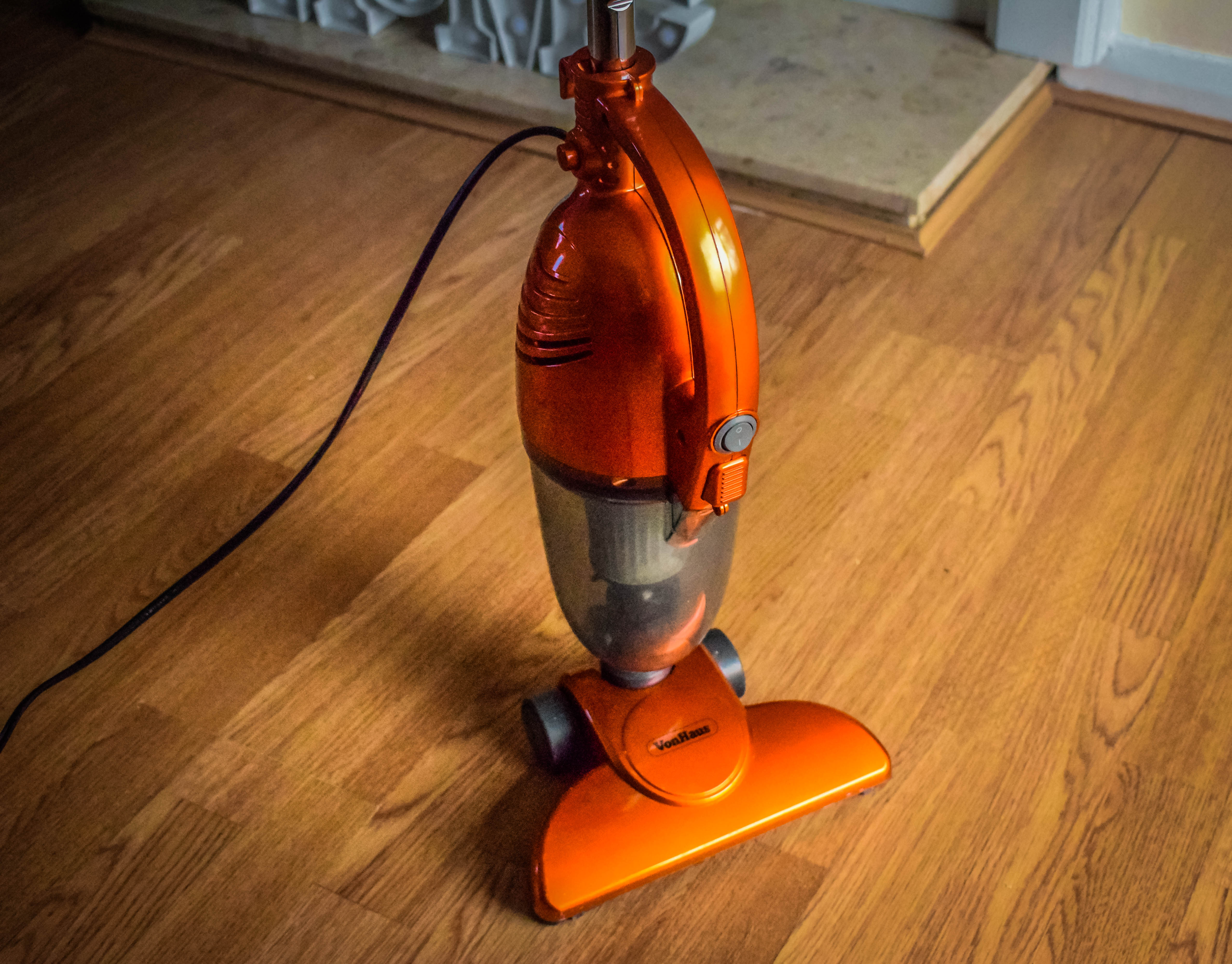 VonHaus 2 in 1 Stick Vacuum