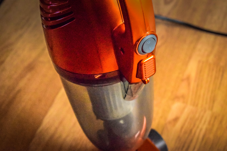 VonHaus 2 in 1 Stick Vacuum