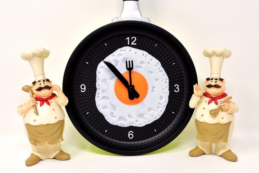 A food-themed clock.